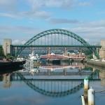 Tyne_Bridge_-_Newcastle_Upon_Tyne_-_England_-_2004-08-14